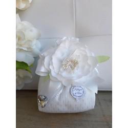 Sacchetto Grande Pinzato con Fiore Bianco