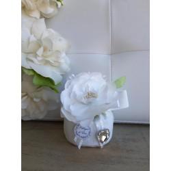 Sacchetto Pinzato con Fiore Bianco