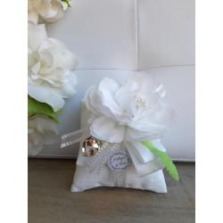 Sacchetto Doppio Cuscino con Fiore Bianco
